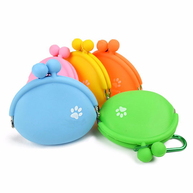 Buy Portable Silicone Dog Snack Pockets